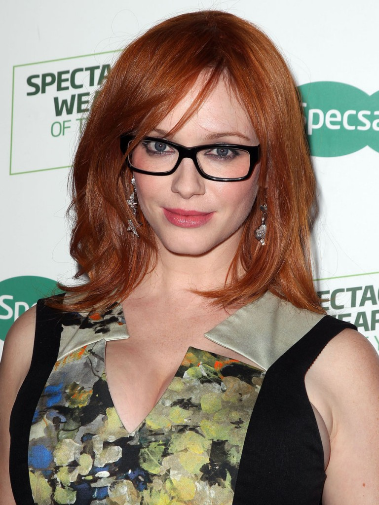 Christina-Hendricks-Wearing-a-Floral-Printed-Black-Halo-Dress-At-Australias-Most-Stylish-Spectacle-Wearer-For-Specsavers-Launch-3-768x1024