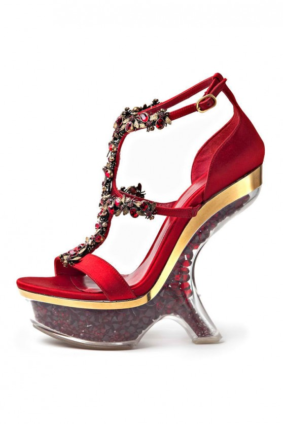 Alexander-McQueen-Spring-2013-shoes-1-558x836